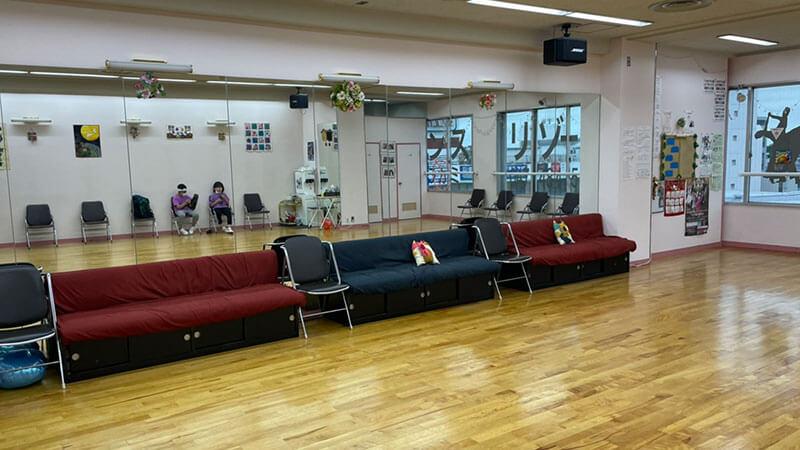 クラウンダンススタジオ八千代台分校の内観
