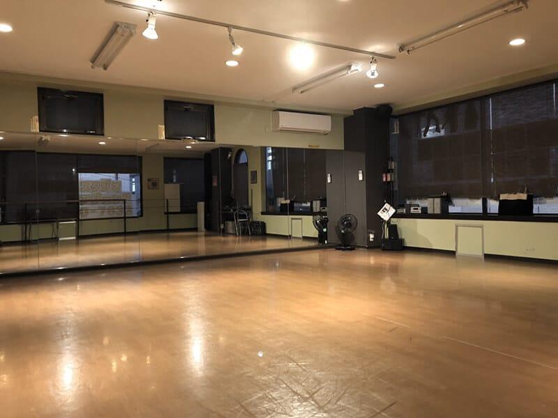 クラウンダンススタジオ南行徳分校へ