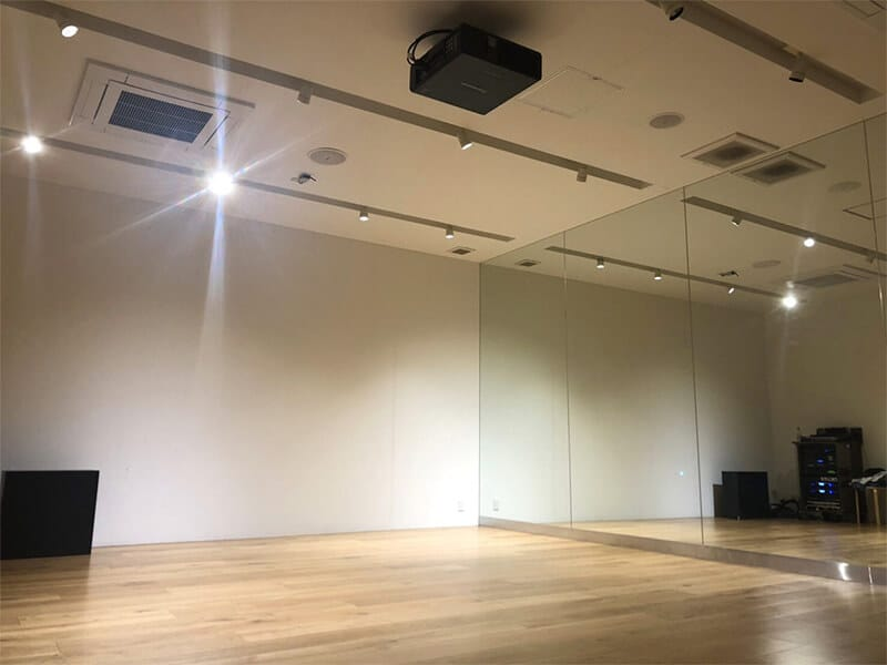 クラウンダンススタジオ海浜幕張分校へ